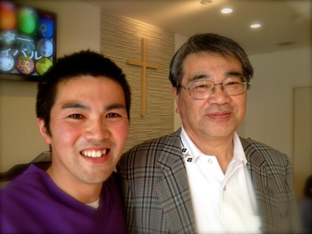 佐久間誠二先生(右)と佐久間健牧師様