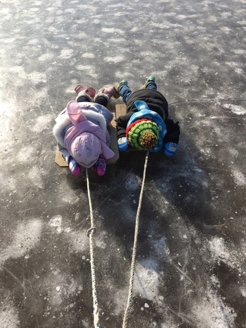 氷のそり遊び_1