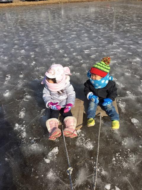 氷のそり遊び_2