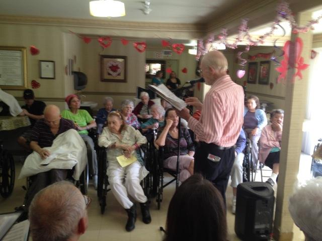 グラナダヒルズの特別養護老人施設で慰問賛美