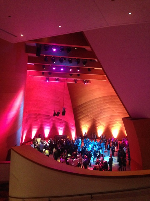 ウォルト・ディズニー・コンサートホール(Walt Disney Concert Hall)に行って来ました。